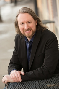 Laurence MacNaughton urban fantasy author